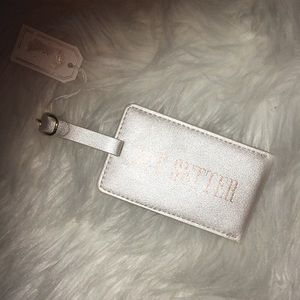 Accessories - Luggage Tag  | Jetsetter